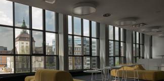 Жидкокристаллические окна Merck