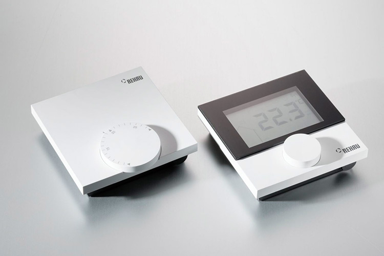 Два варианта термостатов NEA Smart