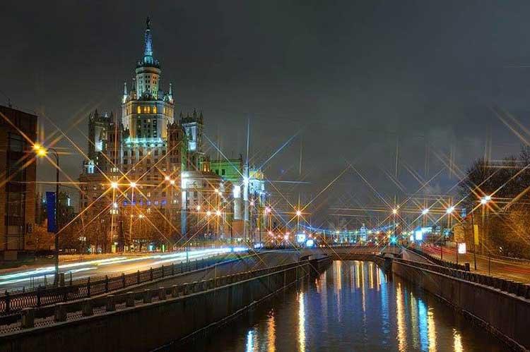 Москва ночная