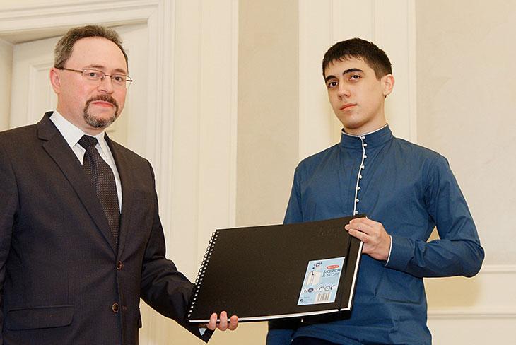 А.В. Данилов-Данильян и К. Созаев